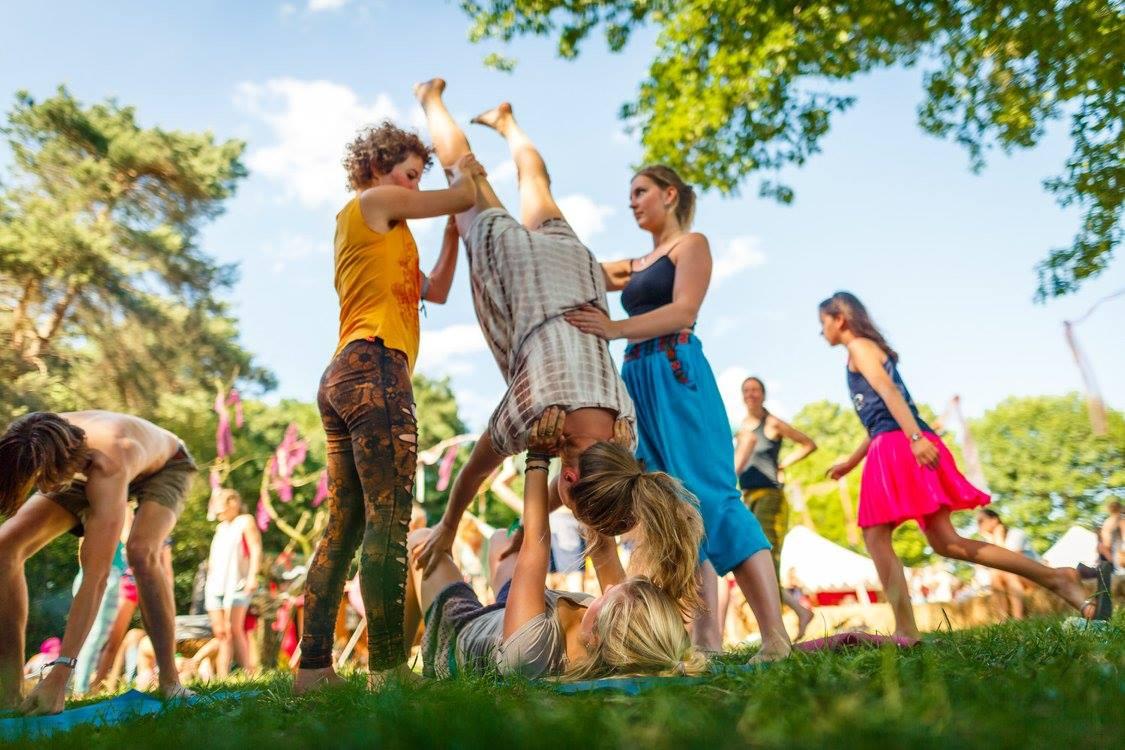 acro yoga 4 mandala 2017