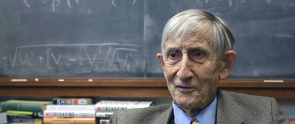 Natuurkundige Freeman Dyson in The Uncertainty Has Settled (filmstill)