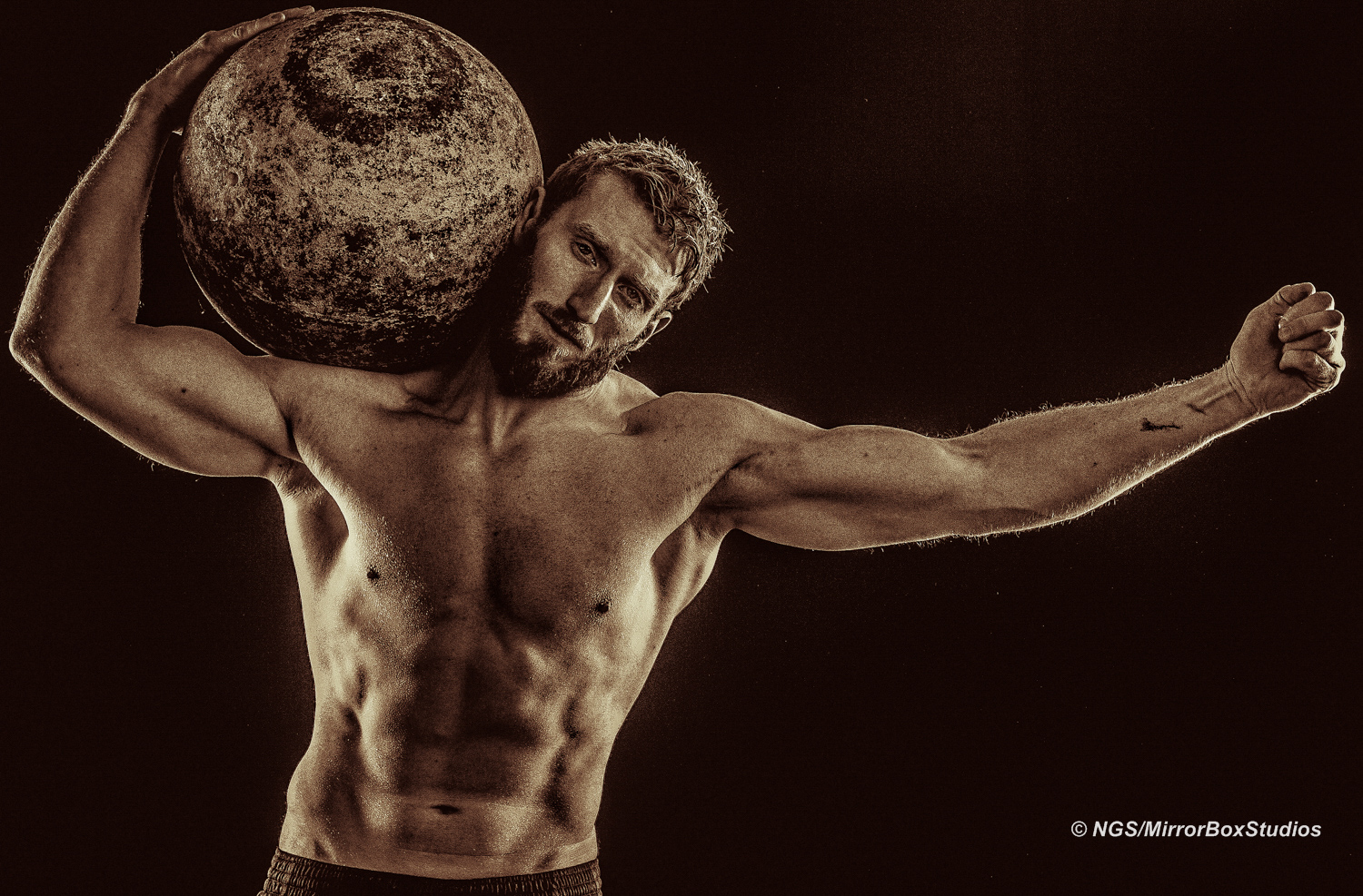 Scott_Poulter_Gym_Shoot__02_01_17__16124_©NGS-MBS
