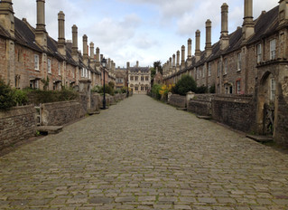 10 Really Old & Beautiful Streets of Britain