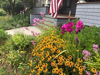 english garden, wildflower garden, flower garden, native plants, brooklyn garde design