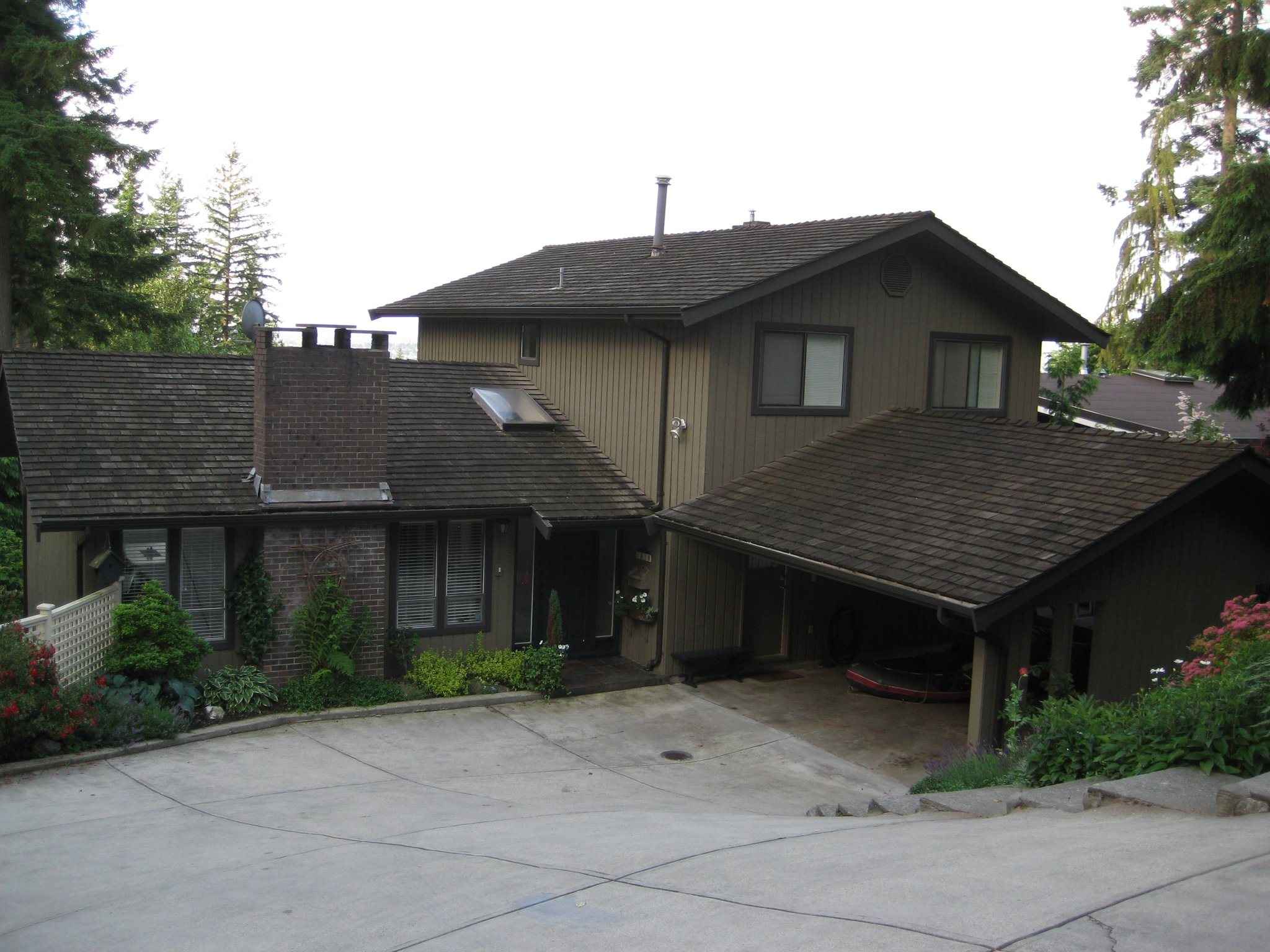 Vancouver Cedar Roof Restoration - Before