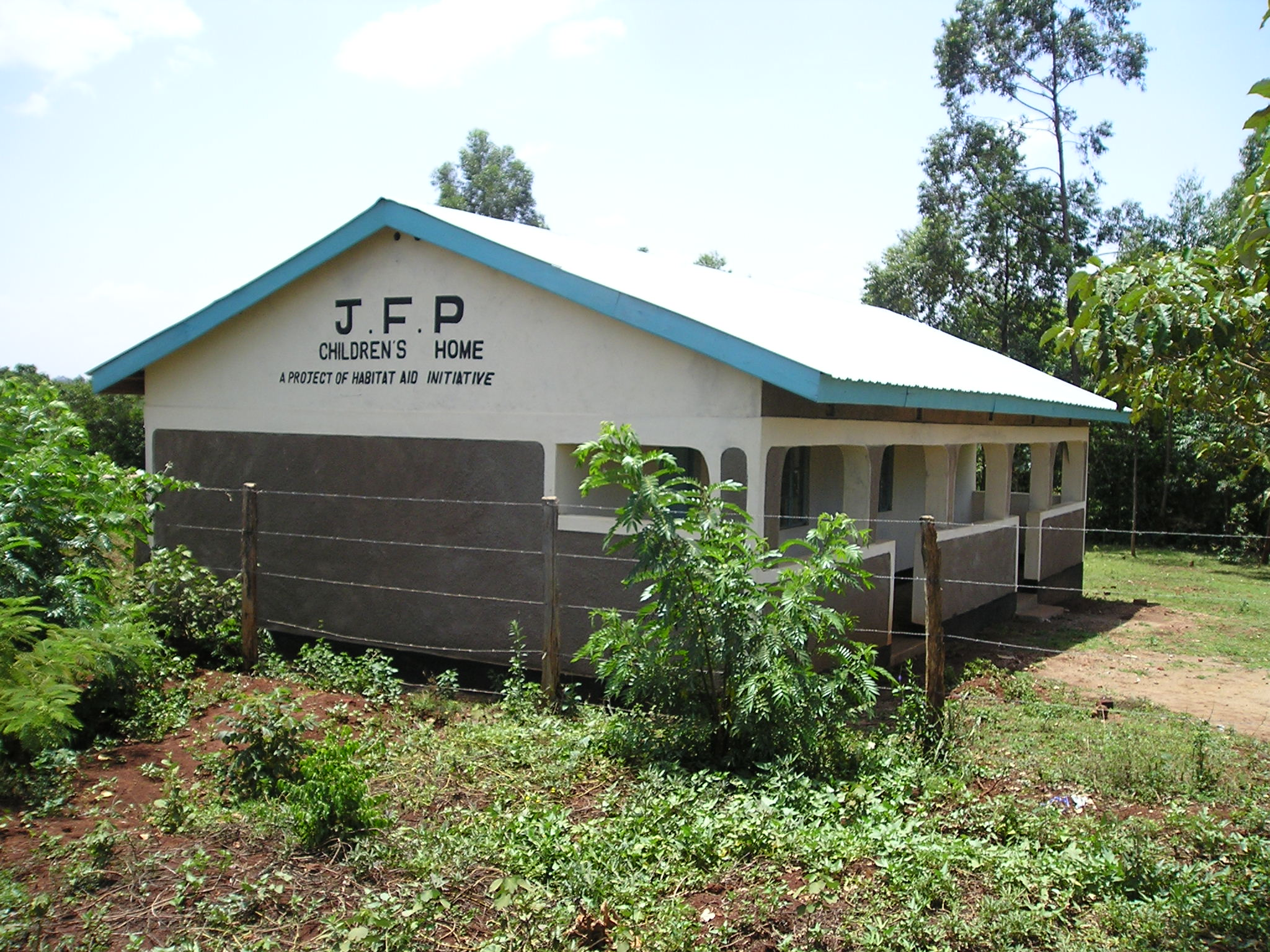 EKOLOMANI VILLAGE CHILDREN'S HOME