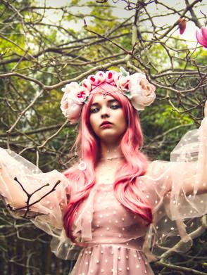 Al'Vi - Pink Nymph