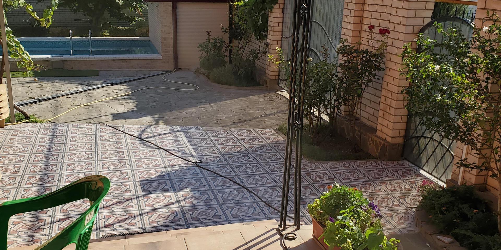 garden & pool - 20200731_164805.jpg
