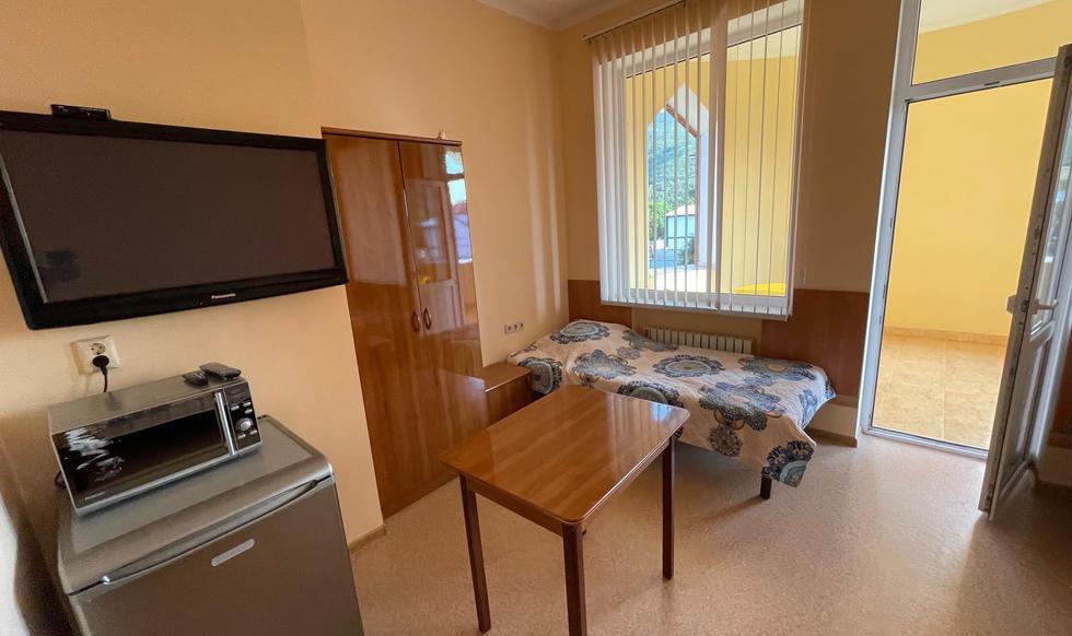 room4 -  - 11 of 16.jpeg