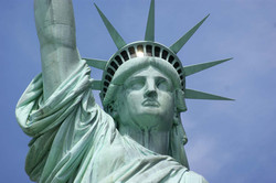 Detail-head-crown-Statue-of-Liberty-New.