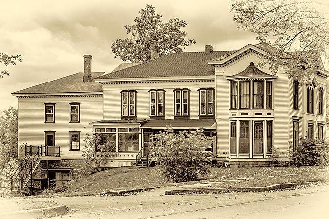 autumn-mansion-3-sepia-steve-harrington.