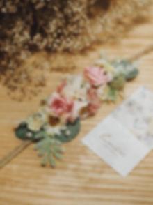 Hoa cài đầu