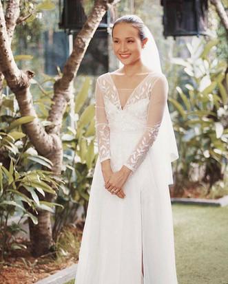 JADE - Chiếc váy dành riêng cho chị Gian