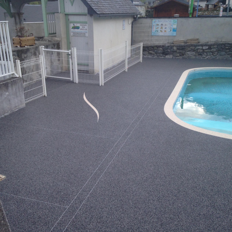 Plage piscine à Esterre