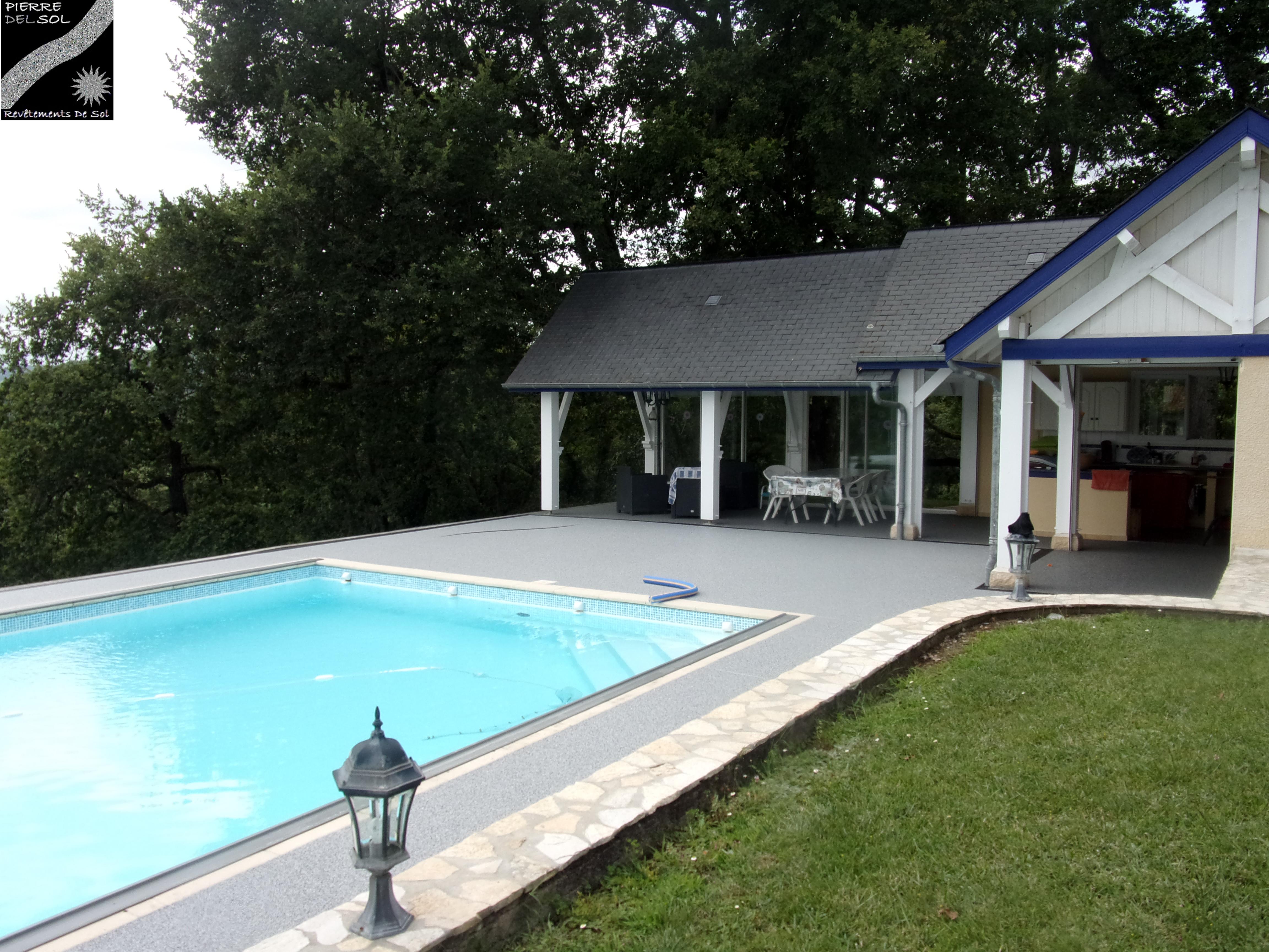 Plage piscine à Gan (64)