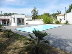 Tour de piscine gris foncé Pessac