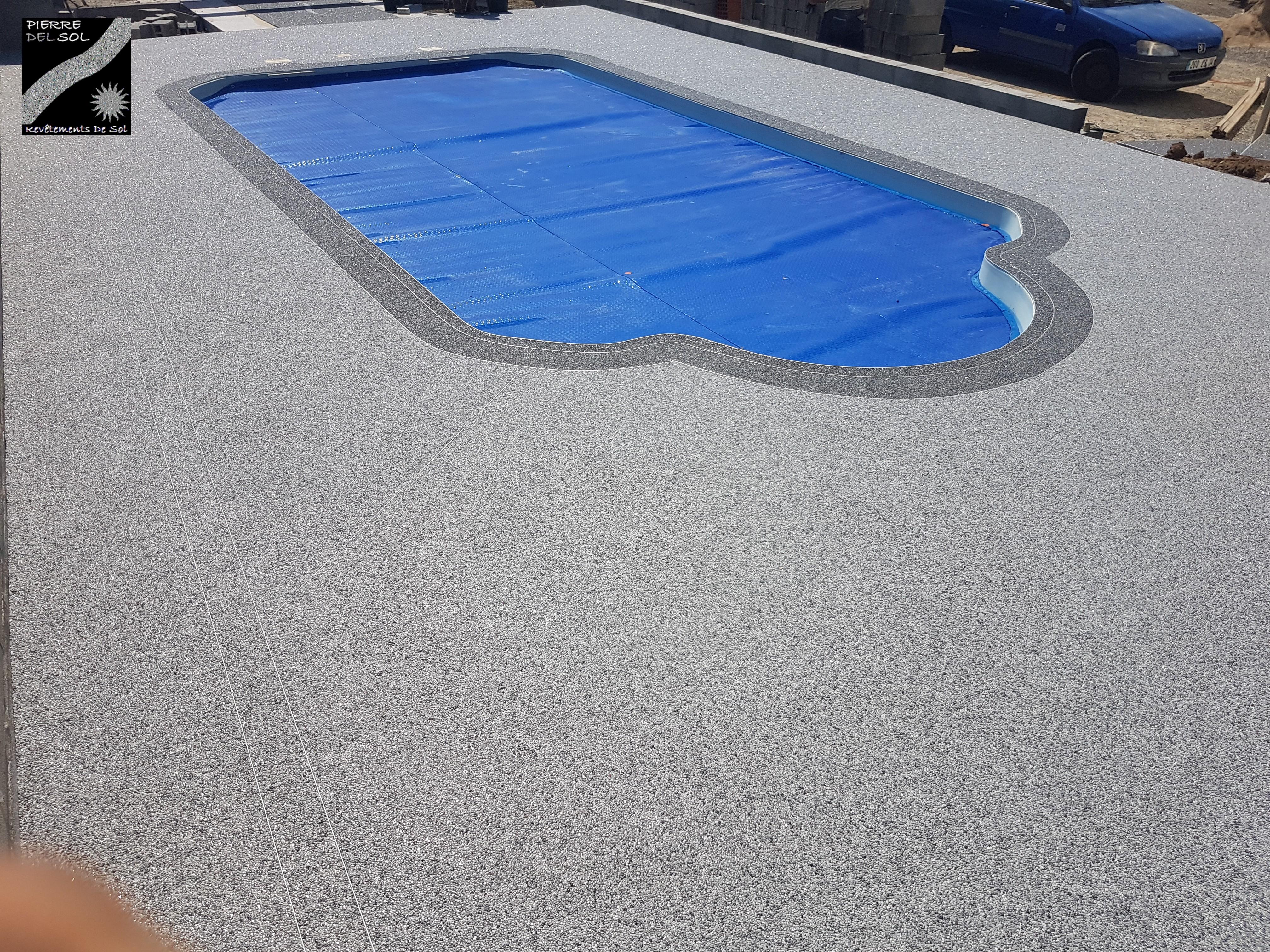 Plage piscine à Villemoustaussou