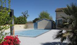 Contour de piscine à Belberaud