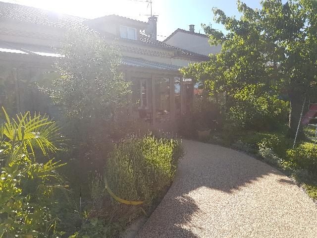 Entrée de maison à Fleurance