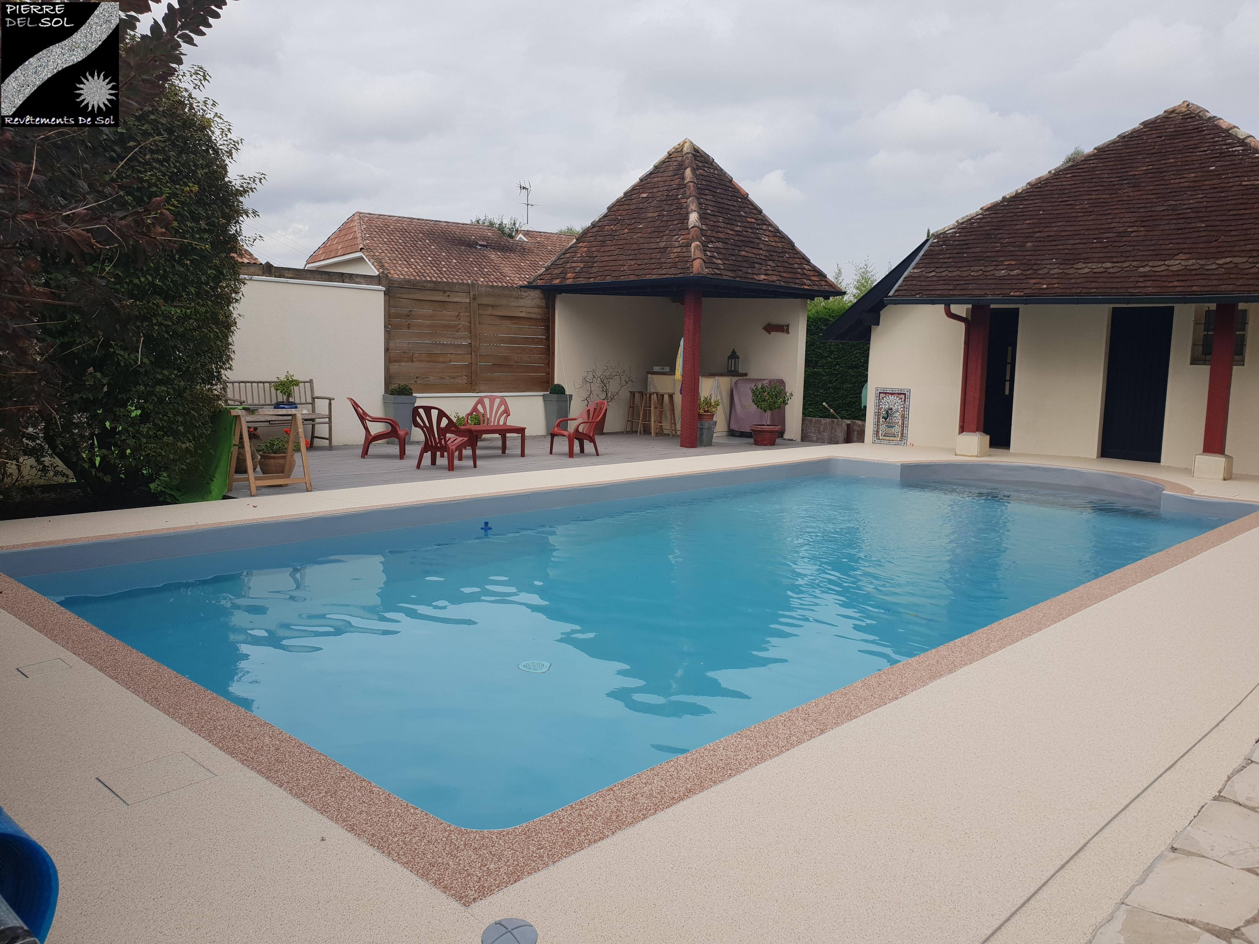 Plage piscine à Orthez (64)