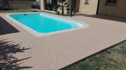 Tour de piscine beige rosé