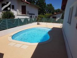 Plage piscine à Combo les Bains