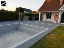 Plage de piscine à Buziet (64)