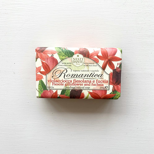 Nesti Dante Gillyflower and Fuchsia Soap (250g)