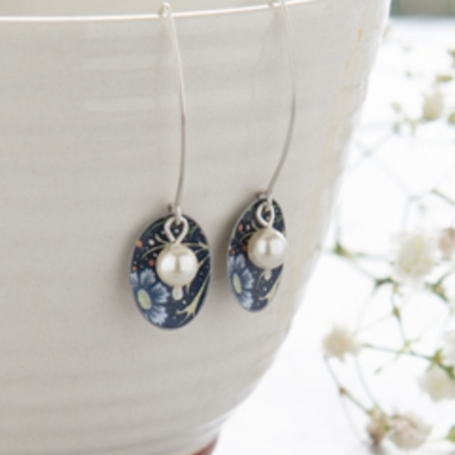 Kate Hamilton Hunter  Show details for Midnight Floral Oval & Pearl Earrings Mid