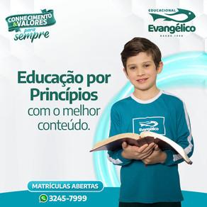 Educação por Princípios
