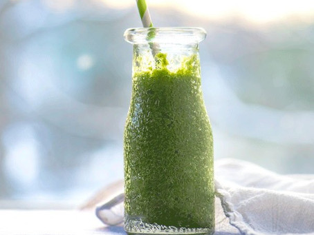 Parsley Juice with Ginger and Apple
