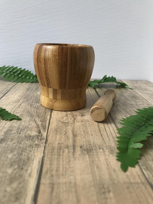 Mortero de bambú