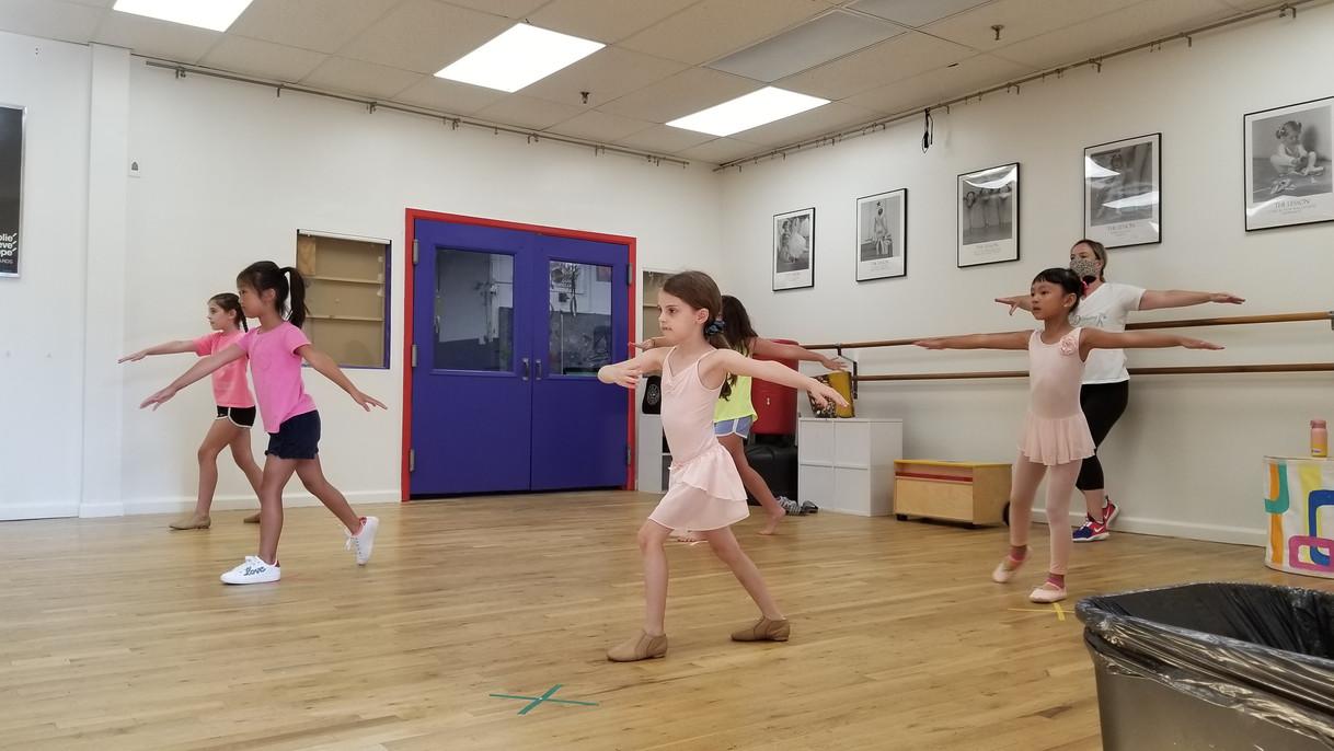 Forever Dancing Studio Ballet