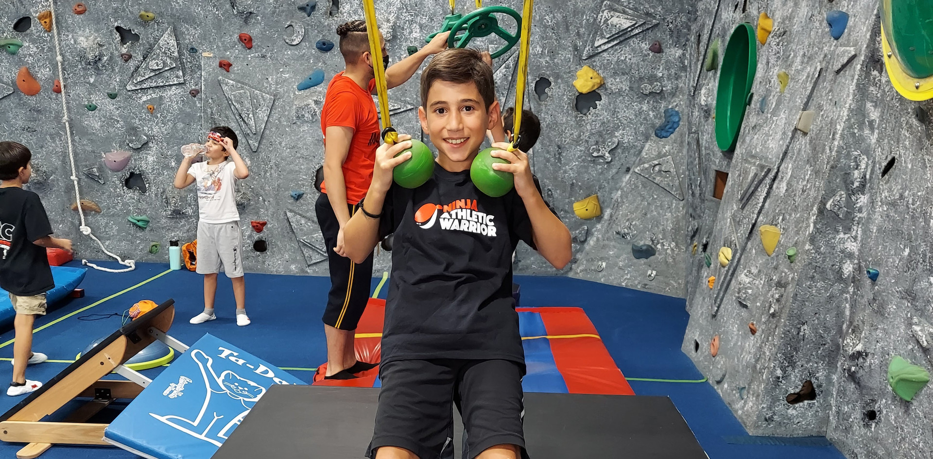 Ninja Warrior Cannonball Hold