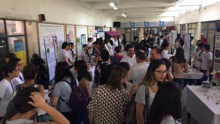 Vista general de asistentes a la primera Feria de Alimentos Saludables 2016