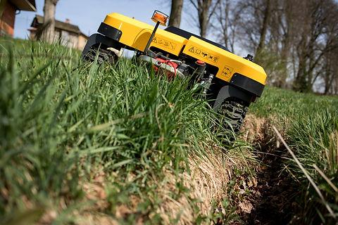 SPIDER CROSS LINER terrain copying