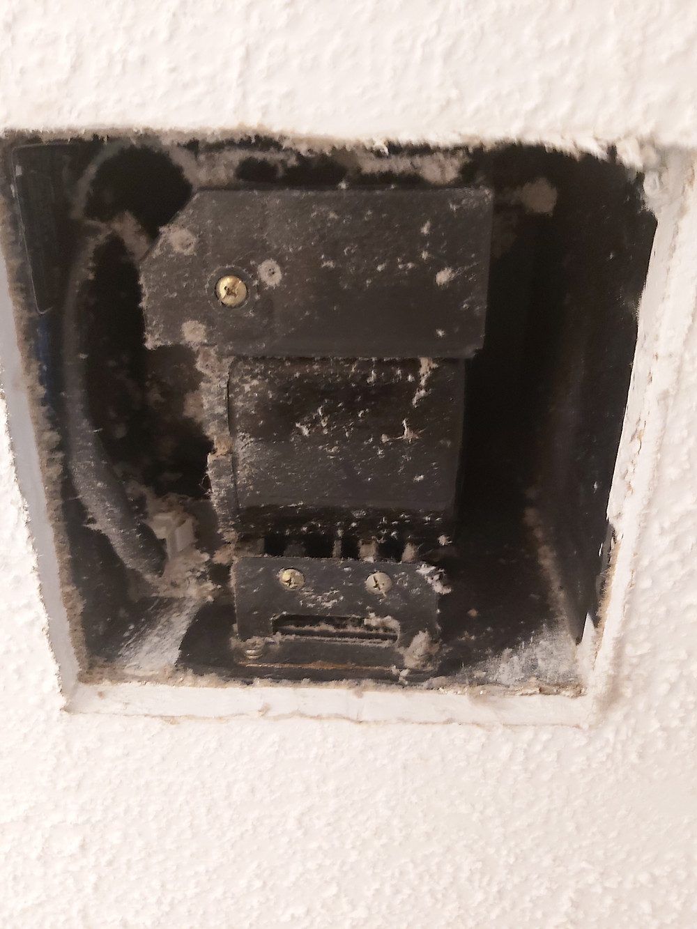 dirty exhaust fan troubleshooting
