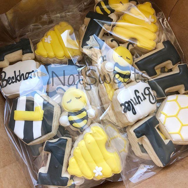 🐝 Bee Cookies 🐝 Swipe 👈🏼_._._