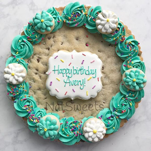 Chocolate chip cookie cake 🎂 🌸