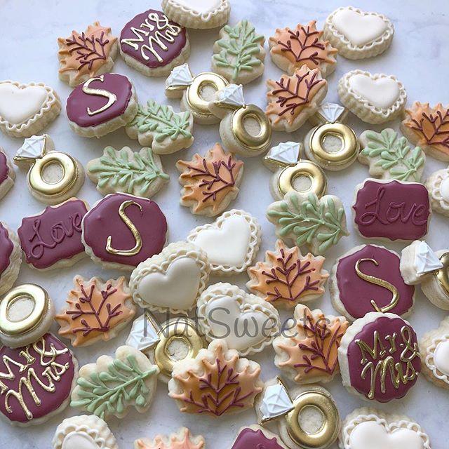 Fall wedding minis 🍁 🍂 🍃 💍 ._._