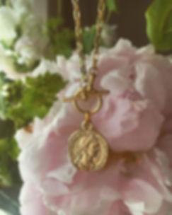 selkieflowersback.jpg