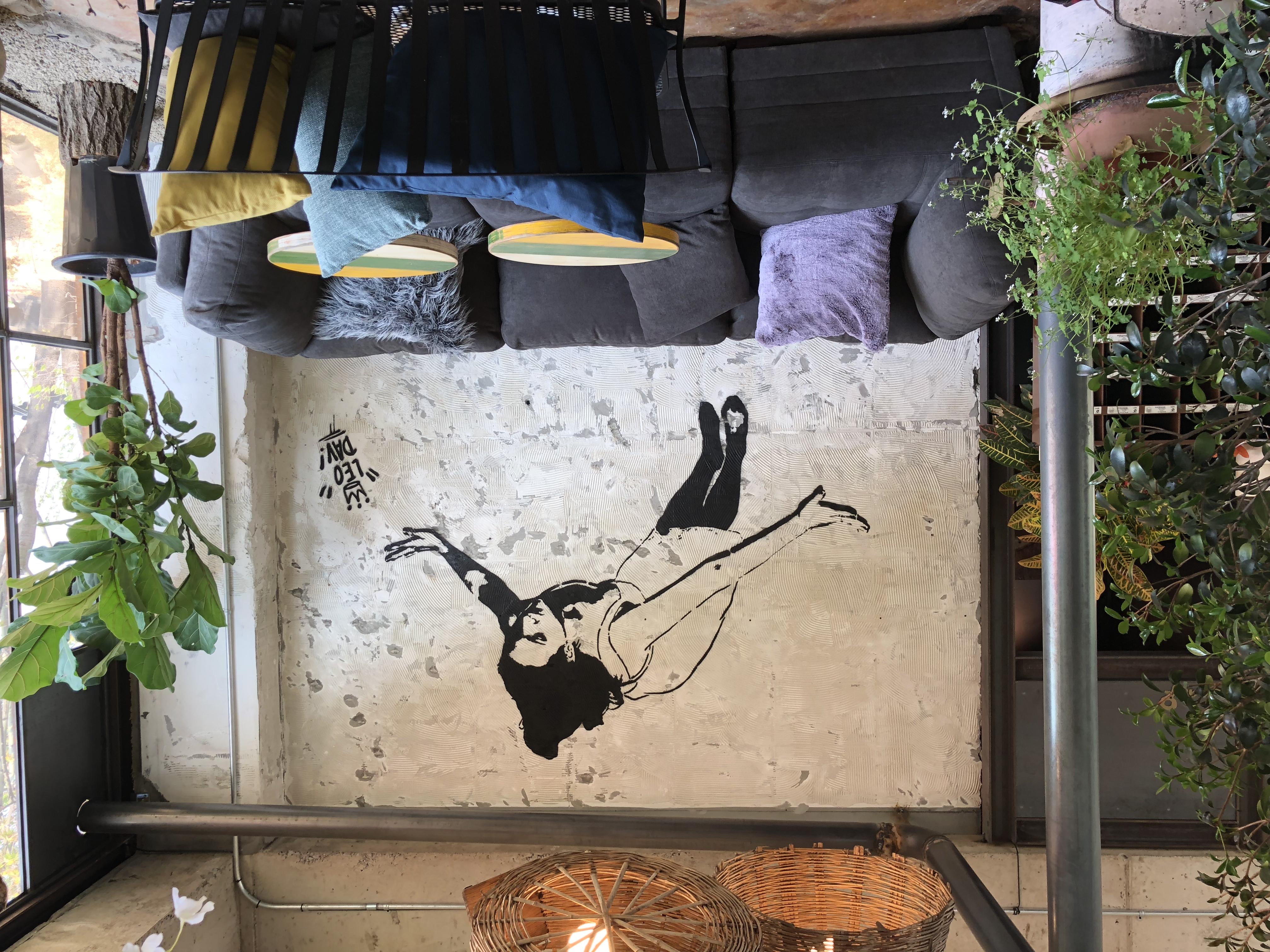 Falling woman2.jpg