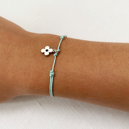 Blue daisy tie bracelet