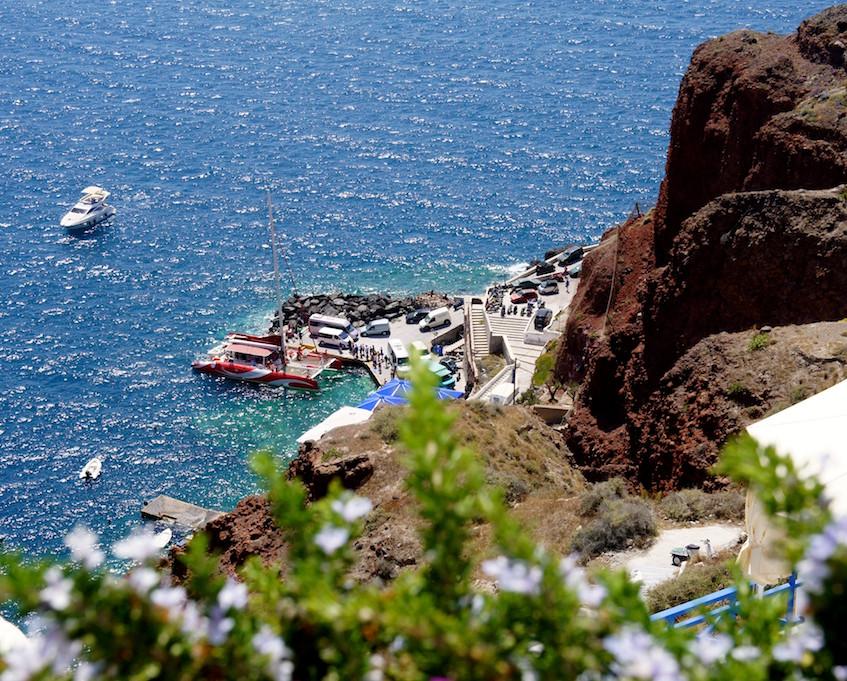 Le port d'Amoudi à Santorin
