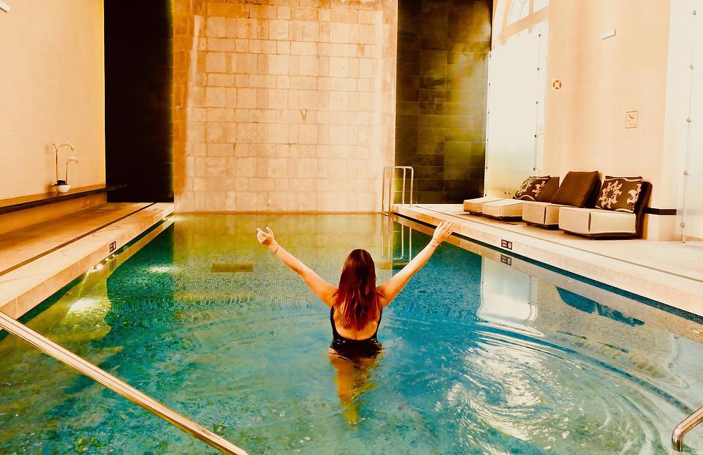La piscine du Spa « Clarins » de l'Hôtel Intercontinental