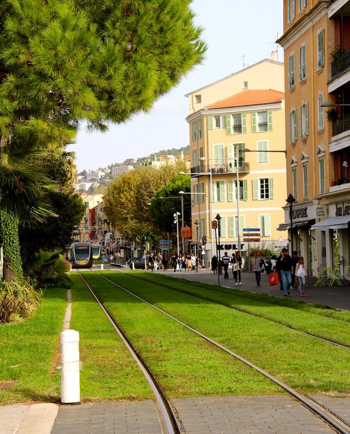 Le tramway à Nice