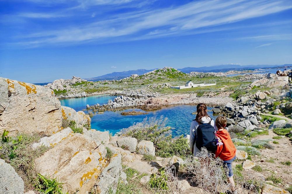 Vue des îles Lavezzi en Corse du Sud