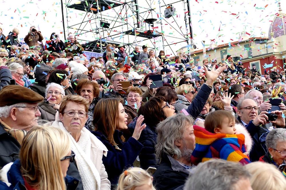 Les spectateurs du Carnaval de Nice