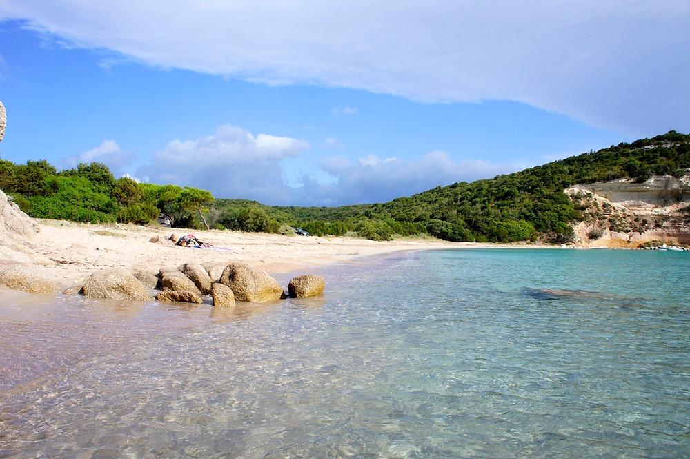 Plage de Canettu en Corse