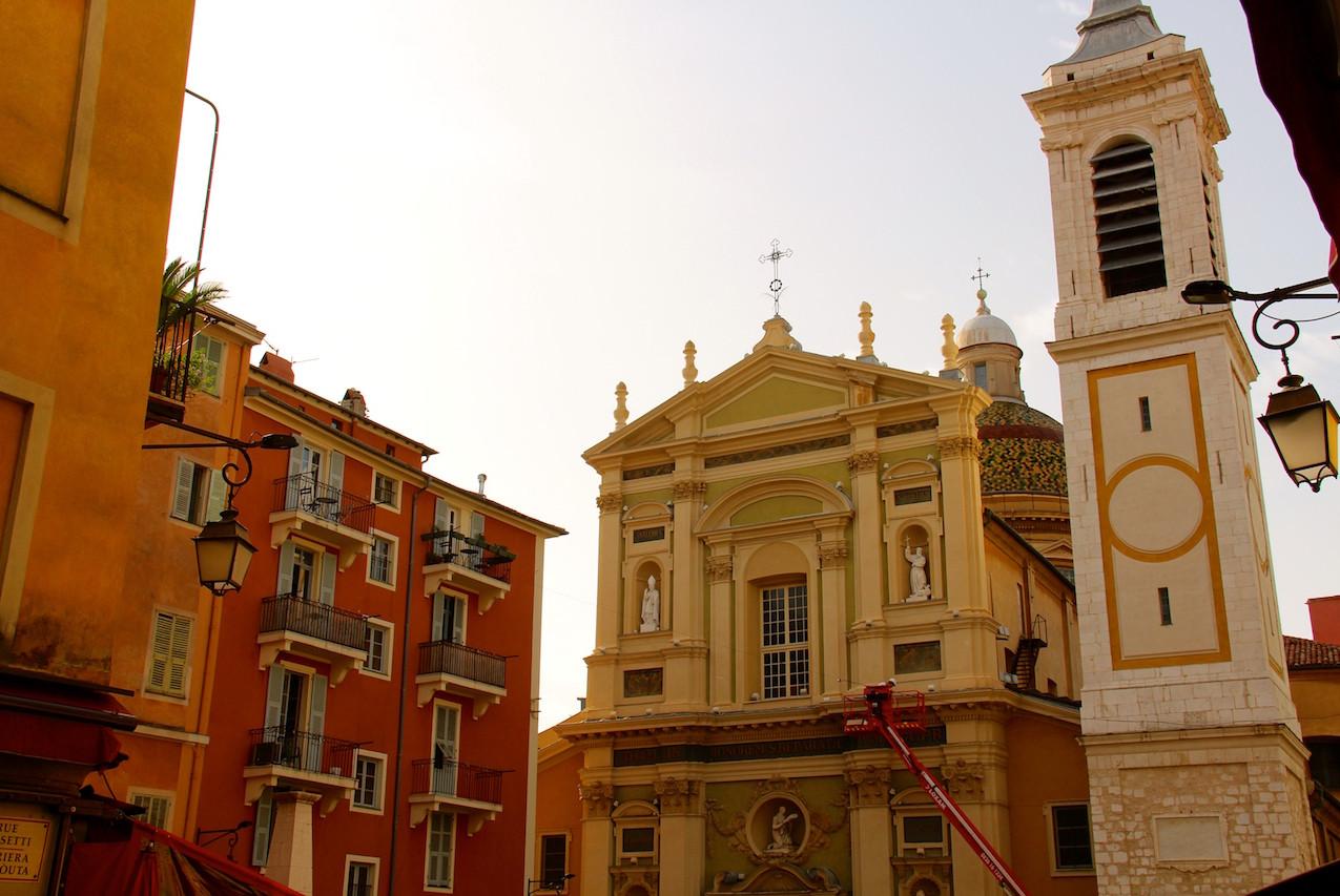 Place Rosseti à Nice