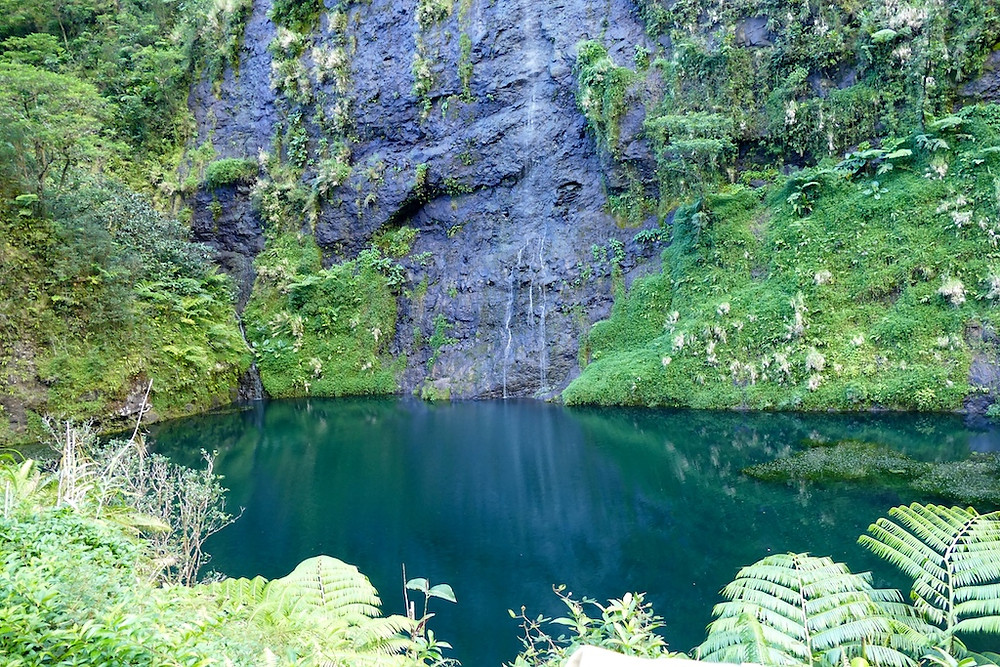 le lac bleu à Tahiti