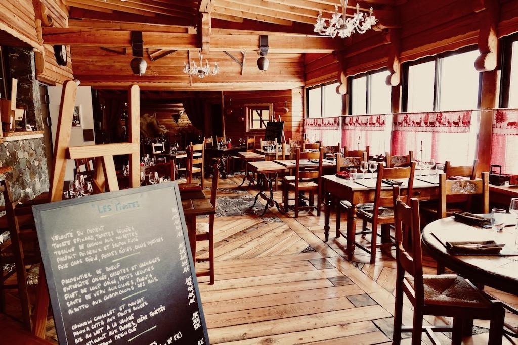 Restaurant les Pivotes à Auron