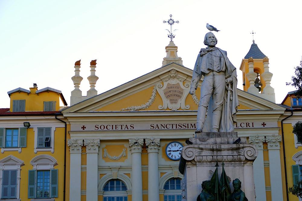 Place Garibaldi à Nice